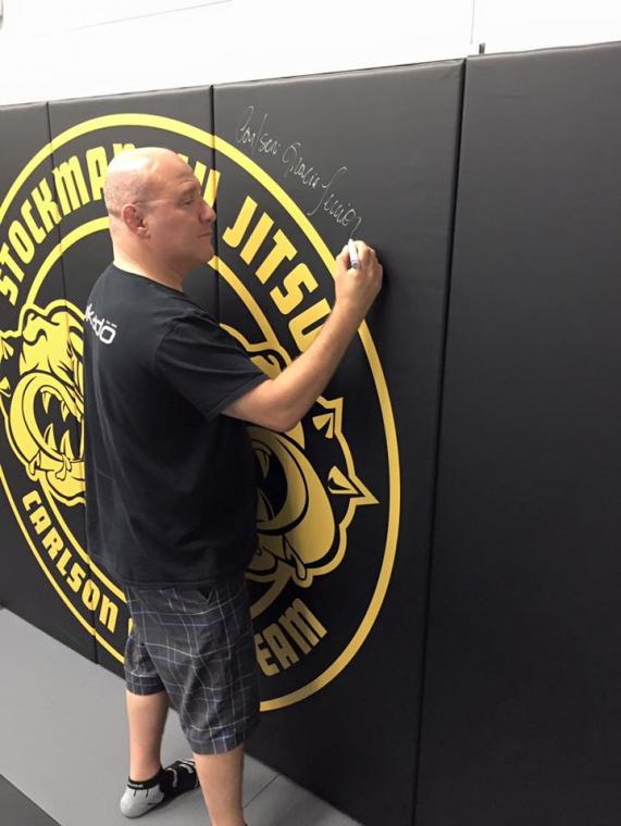 carlson gracie jr inaugurates new jiu jitsu mats